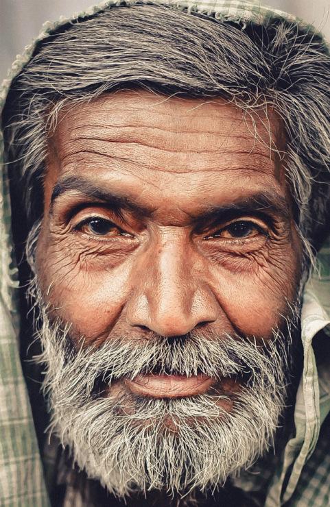 портрет индийца