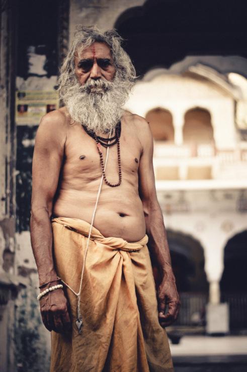 портрет индийского садху