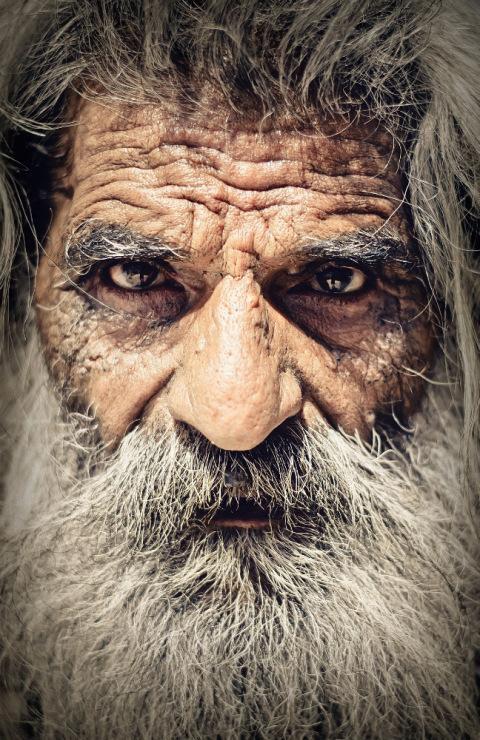 портрет индийского баба