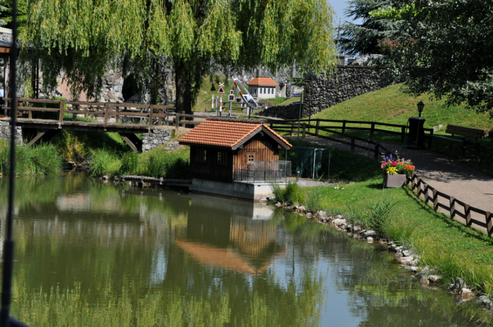 Швейцарский Vapeur Парк в Ле Bouveret - миниатюрная страна чудес.